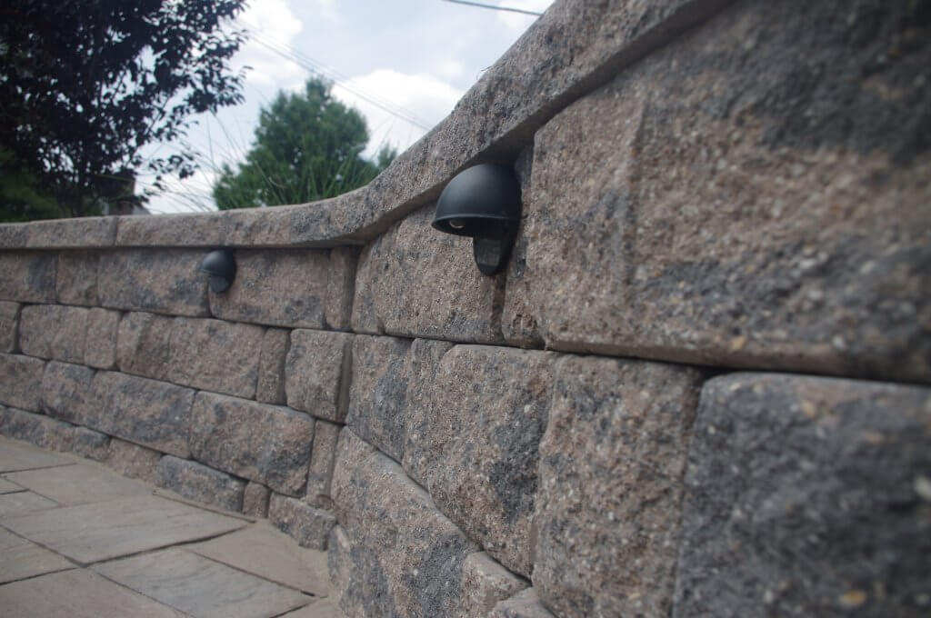 Stoneledge retaining wall