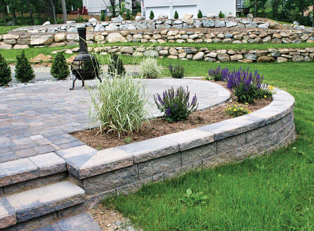 MiraStone Retaining Wall with stairs