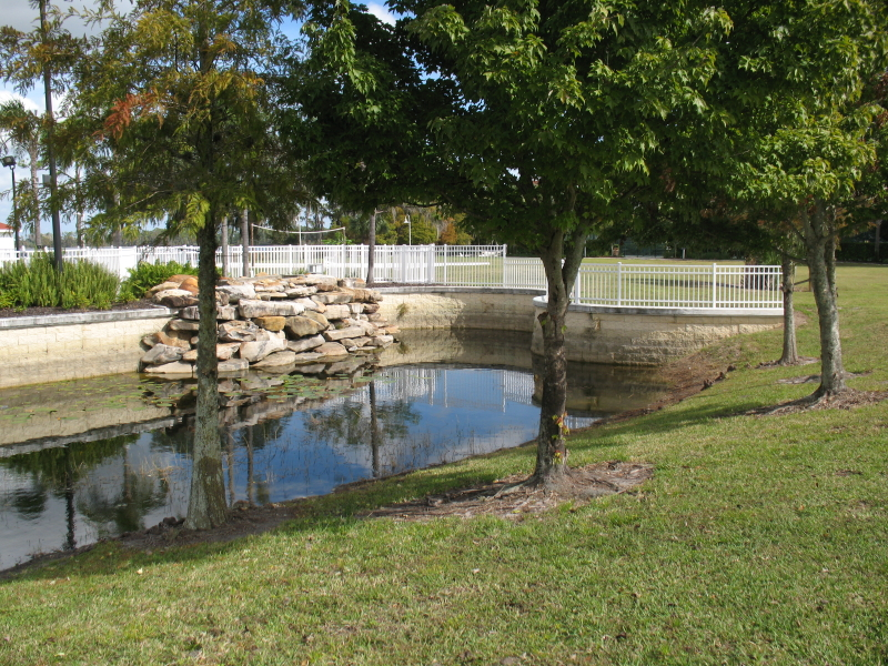 CornerStone retaining Wall In water