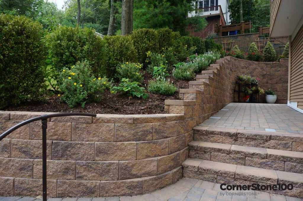 Retaining Wall Curves by CornerStone walls solutions