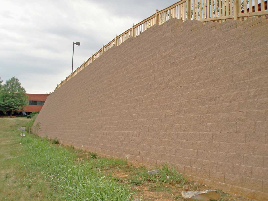 CornerStone-block-retaining-wall-Hilton-Garden-Inn-tall