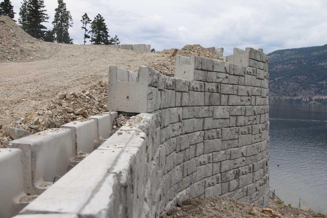 magnumstone big block hollow core retaining wall cornerstone wall