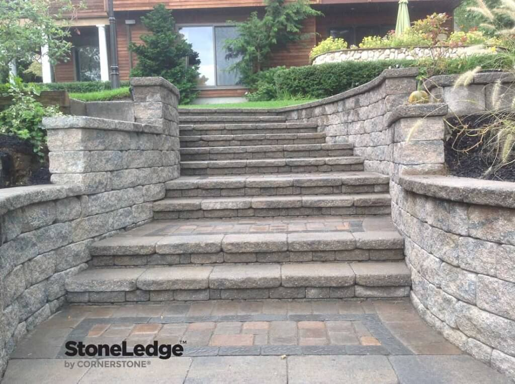 Landscape-Stairs-Using-StoneLedge-wall-Blocks