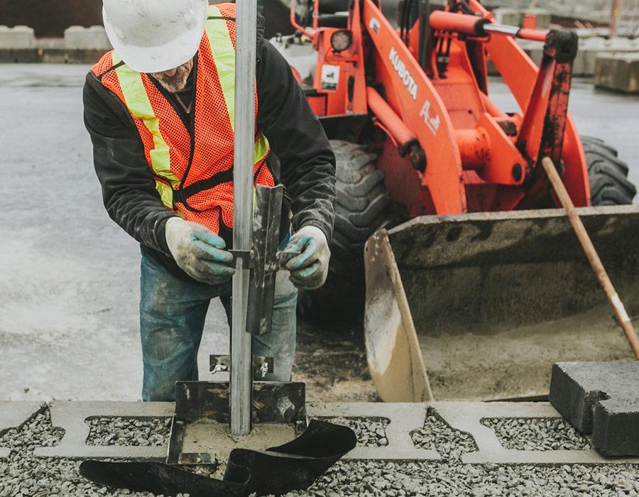 POST-iN Retaining Wall Installation