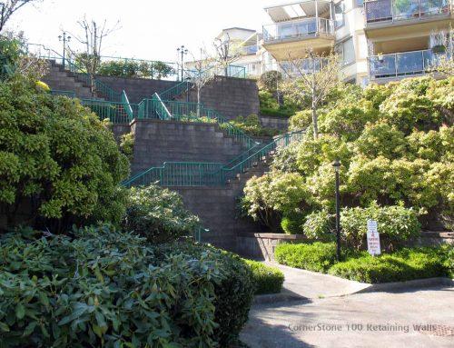 Green Plantable Block Retaining wall