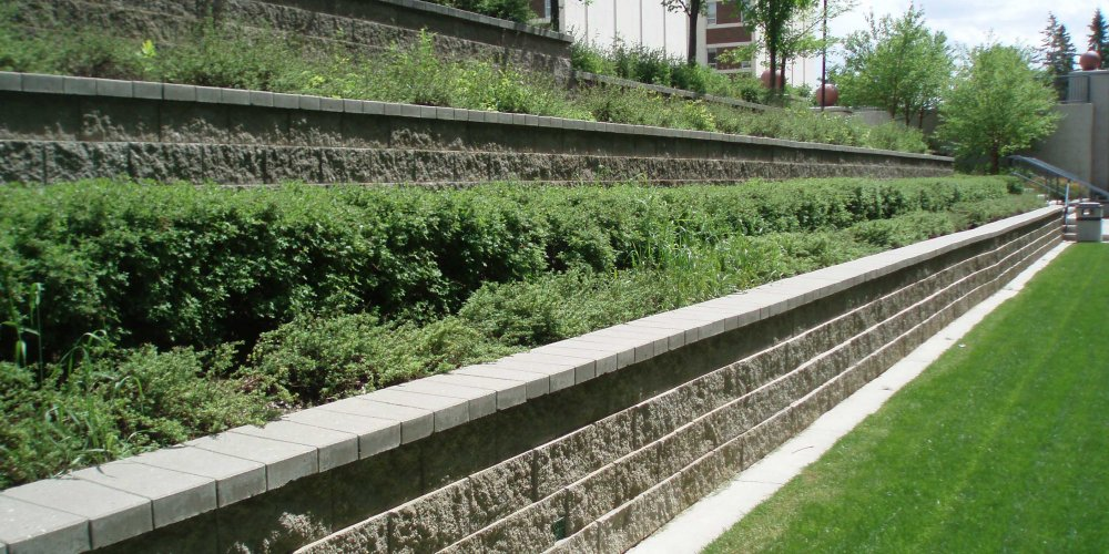 Retaining-wall-terraces-using-block-walls-by-cornerstone