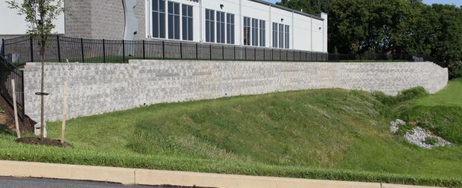 large-retaining-wall-cornerstone-blocks