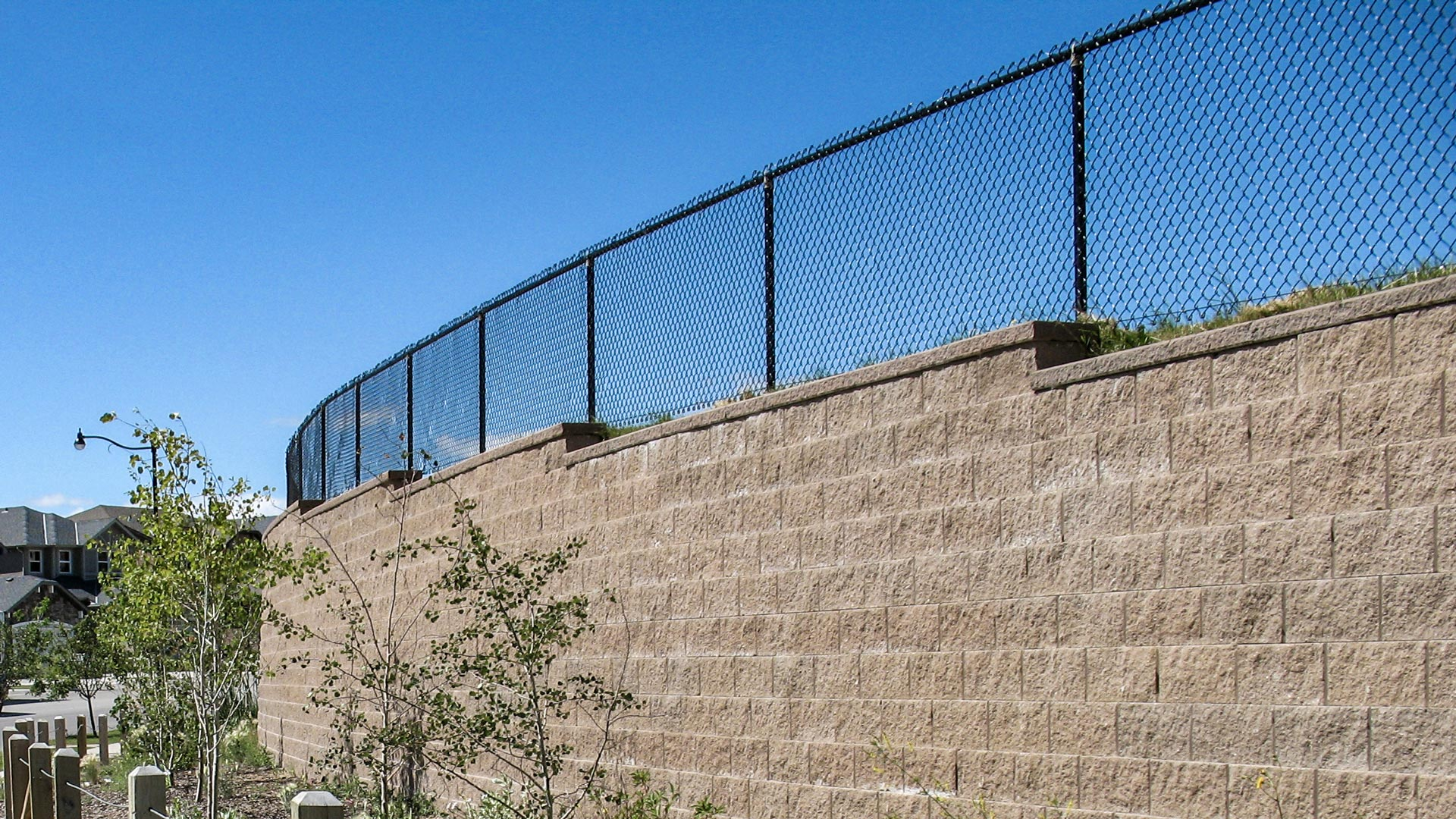 large retaining wall blocks for sale near me