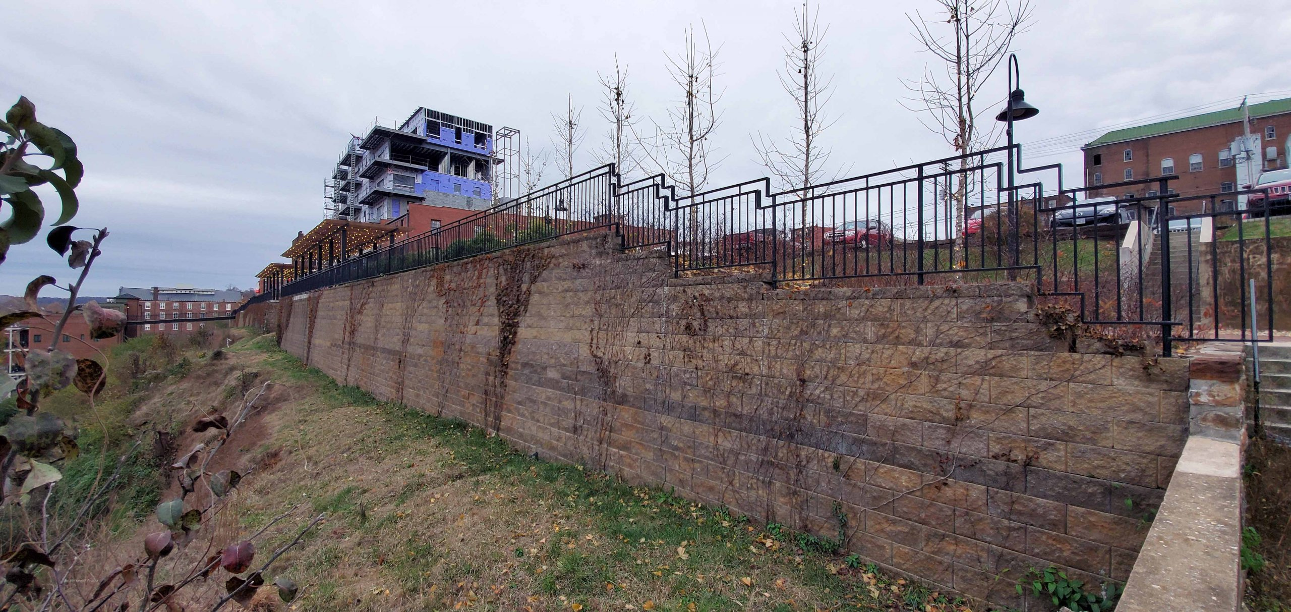 Lynchburgh-Virginia-Retaining-Walls-cornerstone-blocks
