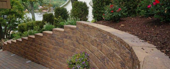 Retaining wall blocks in greensboro-North-Carolina