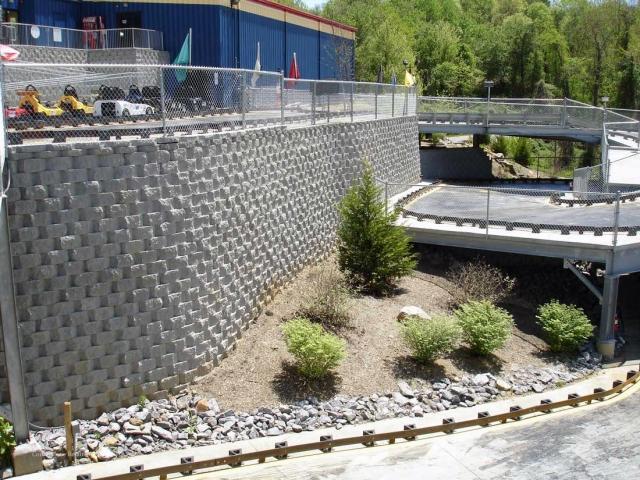 CornerStone 100 Curved Retaining Wall - Fun Depot, Asheville, NC