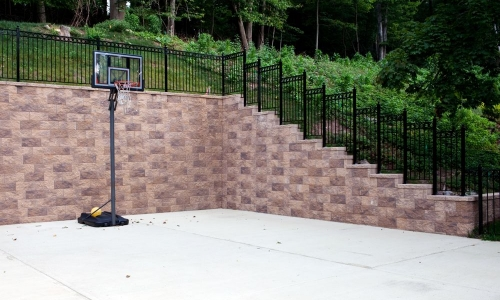 CornerStone Retaining Walls Extend Your Yard for More Space