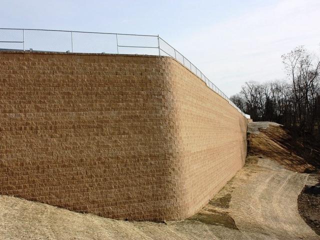 Tall CornerStone Geogrid Retaining Wall