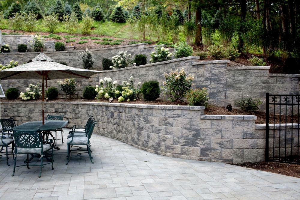 CornerStone Residential Curved Terrace Retaining Wall in New Jersey