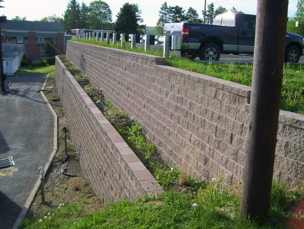 Terraced Planter Retaining Wall in Tacoma, Washington