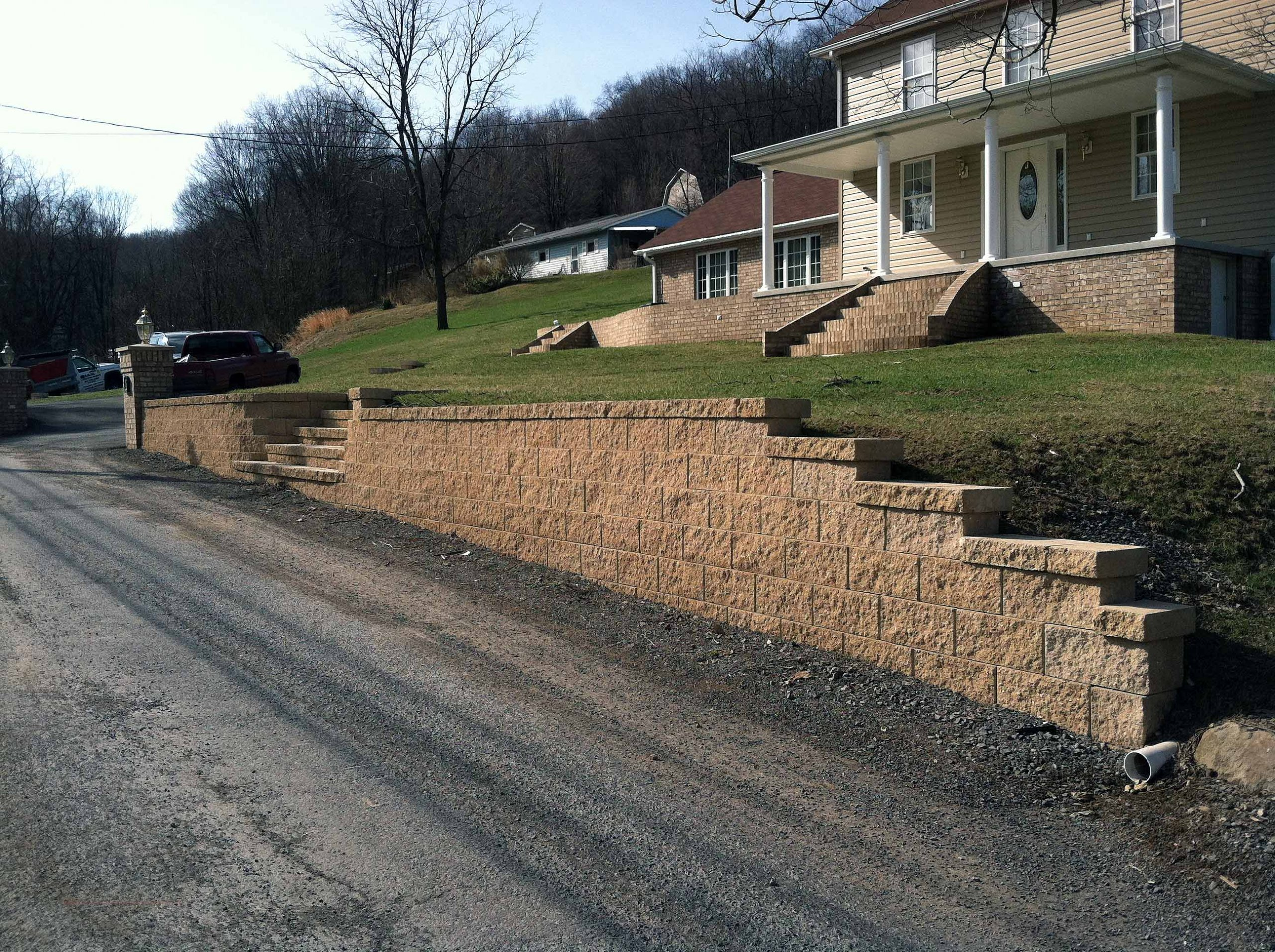 Residential driveway retaining wall